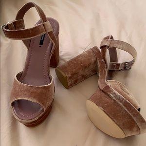 Zara Shoes - Zara Velvet Platform Sandals